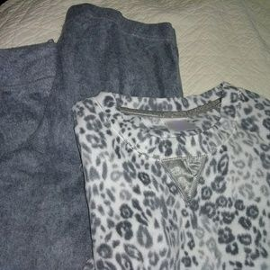 NWOT Secret Treasures Pajama Set